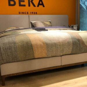 beige-zand-kleur-Beka-boxspring-Bruges-de-luxe-1024x640